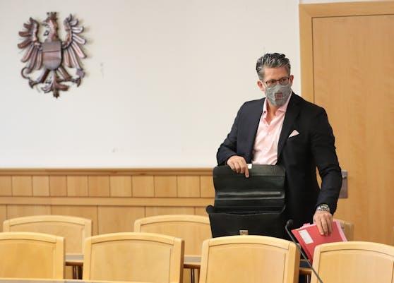 Anwalt Florian Höllwarth