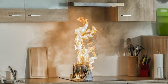 In der Küche begann es zu brennen. Symbolbild.