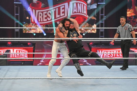 Kevin Owens gegen Seth Rollins bei Wrestlemania