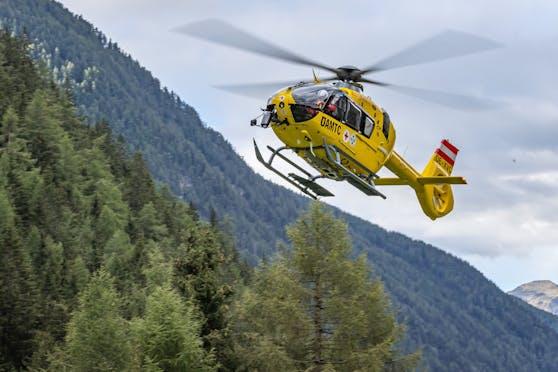 """Ein """"Christophorus""""-Notarzthelikopter des ÖAMTC im Einsatz. Symbolbild"""