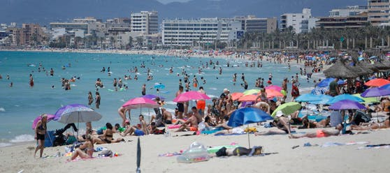 Corona feiert auf Mallorca ein Comeback (Symbolbild)