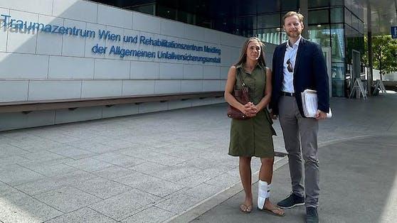 """Spitals-""""Opfer"""" Simone W. mit Anwalt Gottfried Forsthuber"""