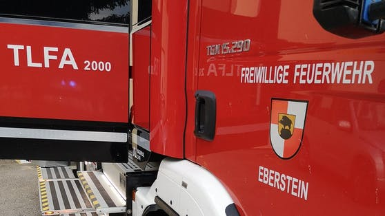 Am Einsatz beteiligt waren die Feuerwehren St. Walburgen, Eberstein und Klein St. Paul mit insgesamt 35 Mann.
