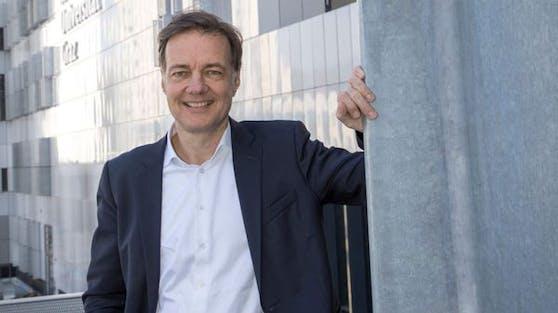 Ivo Steinmetz, Leiter des Diagnostik- und Forschungsinstitutes für Hygiene, Mikrobiologie und Umweltmedizin an der Med-Uni Graz