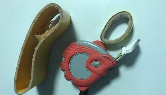 Bei dem Tatverdächtigen stellten die Polizisten präpariertes Tatwerkzeug sicher.