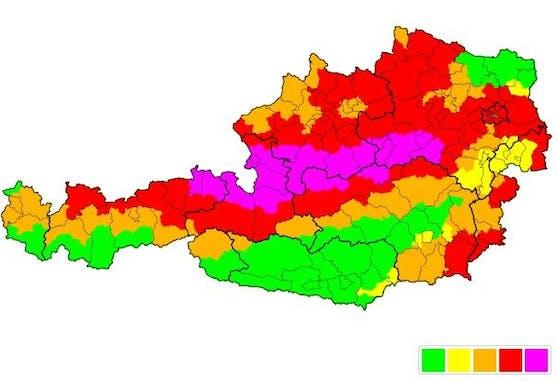 Auch am Samstagabend (17.07.2021) sind die Unwetterwarnungen für weite Teile Österreichs noch gültig.