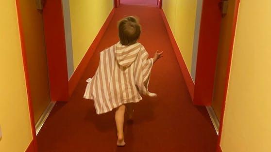 Wie nervenaufreibend ist ein Urlaub alleine mit einer Zweijährigen? Mit der richtigen Einstellung nicht ein bisschen.