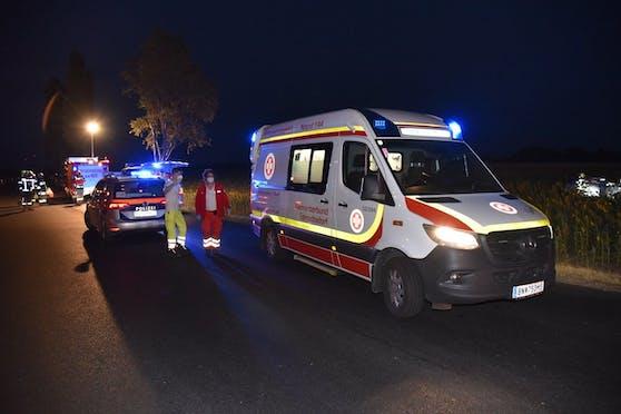 Der Mann wurde schwer verletzt abtransportiert.