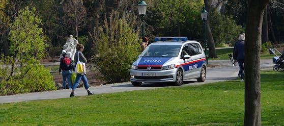 Beamten des Stadtpolizeikommandos Landstraße gelang es die Männer in der Beatrixgasse anzuhalten und festzunehmen. (Symbolbild)
