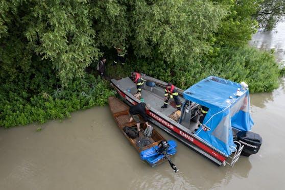 Auch in Enns mussten gestern Personen aus der Donau gerettet werden.