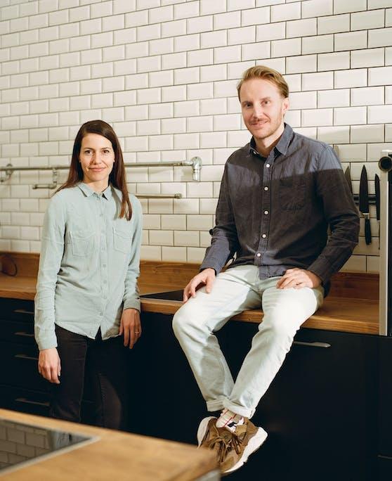 Die beiden Happy Plates GründerInnen Simon Jacko und Anna Mahlodji.