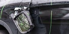 Vandalen demolierten zehn Autos auf Parkdeck