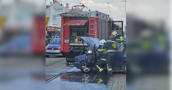 In Wien-Simmering entzündete sich ein Auto.