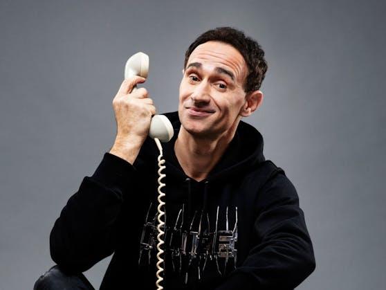 Gernot Kulis macht aus 20 Jahren Callboy zwei Stunden Kabarett.