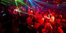 """Clubs und Discos klagen nun wegen """"2G""""-Regel"""