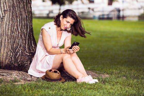 tarife.at beobachtet einen Aufwärtstrend bei 5G-Handytarifen.