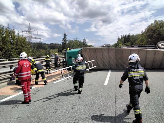Der schwere Lkw-Crash führte am 19. Juli zu einer stundenlangen Sperre der A2.