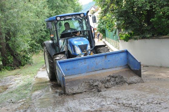 Aufräumarbeiten in Paudorf und Fürth-Palt