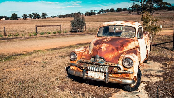 Otto H.s verlassenes Auto ließ die Polizei das Schlimmste befürchten. Symbolbild