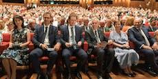 Kurz und Van der Bellen eröffnen Bregenzer Festspiele