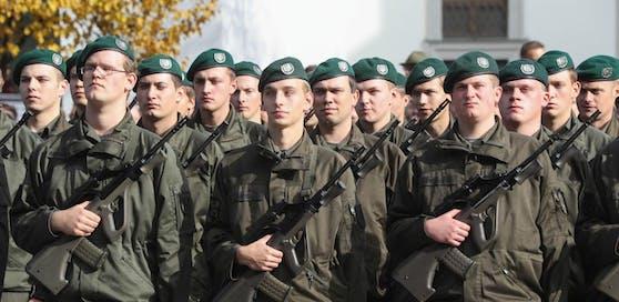 1.000 Soldaten sind künftig an der Grenzen zu Ungarn.