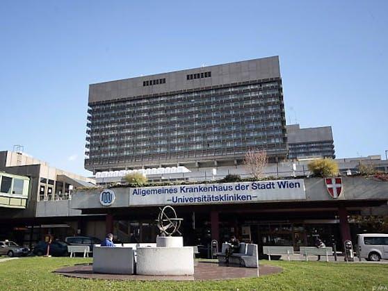 Der Arzt ist weiter am Wiener AKH tätig.