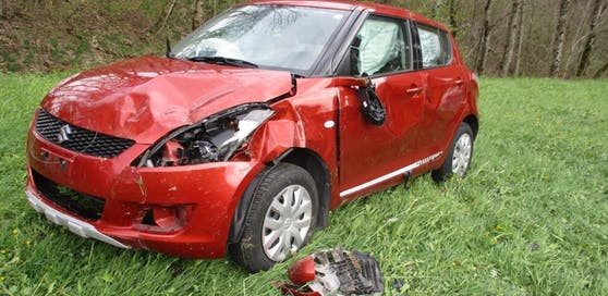 Die Frau erlitt bei dem Unfall Verletzungen an der Halswirbelsäule