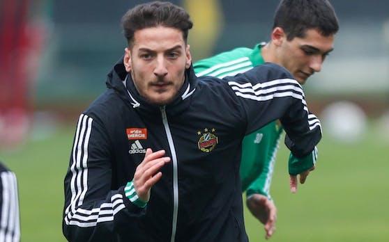 Ercan Kara als es noch erlaubt war, zu trainieren.
