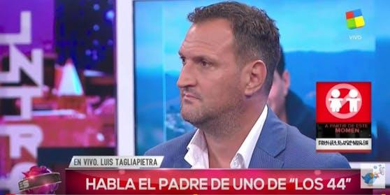 Erschüttert: Vater Luis Tagliapietra wurde von der Marine gesagt, dass sein Sohn und alle anderen Besatzungsmitglieder tot seien. Im argentinischen TV sprach er darüber.