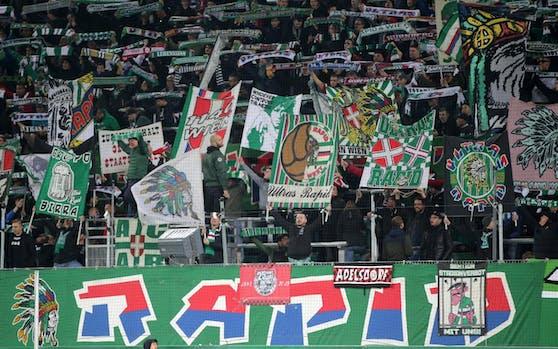 Die Rapid-Ultras solidarisieren sich mit der Krisen-Region Italien.