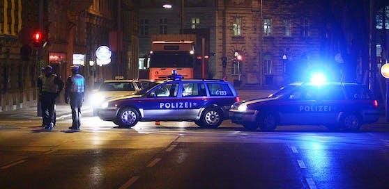 Die Polizei nahm den Ehemann fest.