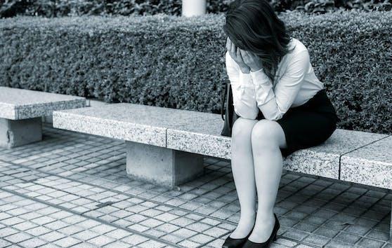 Die 19-Jährige wurde auf einer Parkbank unsittlich berührt