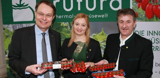 Dr.Gerhard Drexel (SPAR Vorstand), Mag. Katrin Hohensinner (GF Frutura), Manfred Hohensinner (Vater, GF Frutura).
