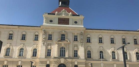 Landesgericht und Justizanstalt Wr. Neustadt