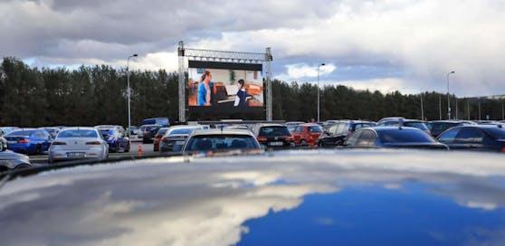 In der Corona-Krise soll das Auto-Kino in Linz-Urfahr bald sein Revival feiern. (Symbolfoto).
