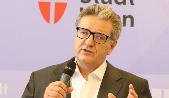 Gesundheitsstadtrat Peter Hacker (SPÖ)ist nicht mehr SPÖ-Parteivorsitzender in Wien-Alsergrund.