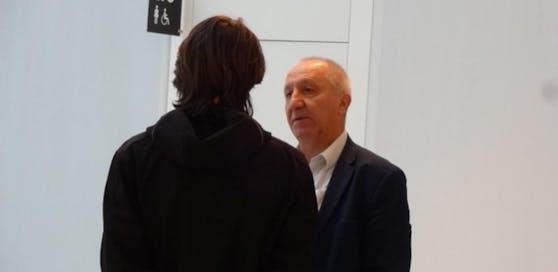 Angeklagter (li.) mit Anwalt Franz Stacher.