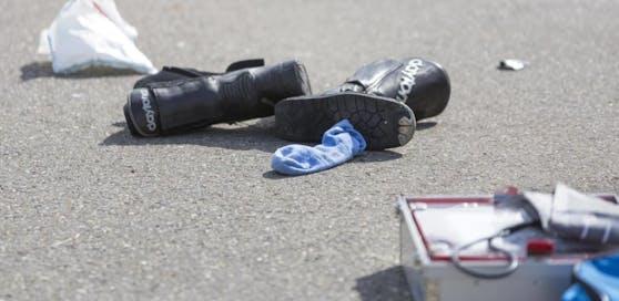 Der Biker erlitt bei dem Unfall lebensgefährliche Verletzungen. (Archivfoto)