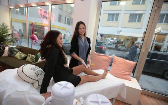 Ex-Miss Katja Wagner in ihrem Beauty-Salon