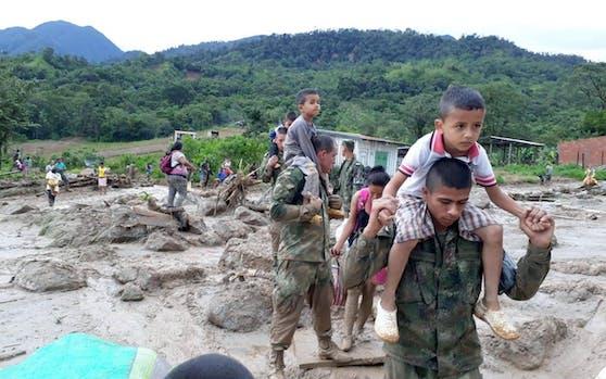 Dutzende Kinder wissen nach dem Drama in Mocoa nicht, wo ihre Eltern sind.