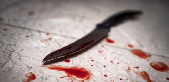 Als eine Rauferei in einer Wiener Bar eskalierte, zückte einer der Kontrahenten ein Messer und stach zu; Symbolfoto