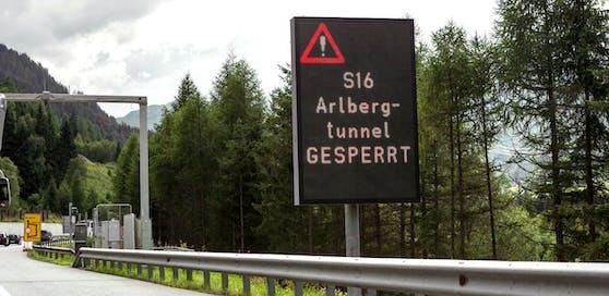 Ein Stromausfall sorgte auf der S 16 der Arlberg Schnellstraße für Verkehrschaos. Auch der Arlberg Tunnel war gesperrt.