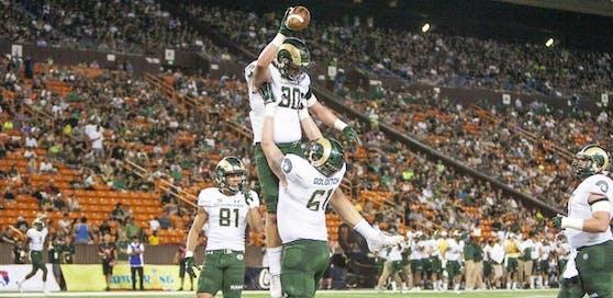 Zack Golditch feiert hier den Touchdown von Kollegen Dalton Fackrell. Inzwischen hat er einen Vertrag in der NFL unterschrieben.