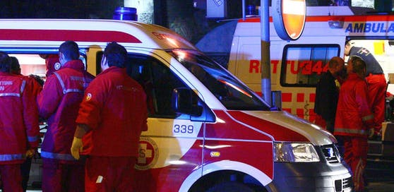 Die Rettung kümmerte sich um die verletzte Frau