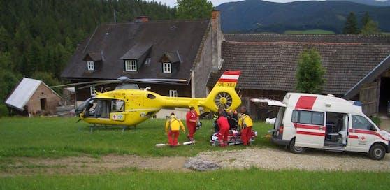 Der ÖAMTC-Notarzthubschrauber flog das Unfallopfer ins Krankenhaus. Symbolfoto