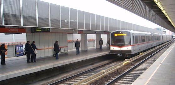 Wegen einer Weichenstörung fährt die U3 nur bis zur Station Hütteldorfer Straße. (Symbolbild)