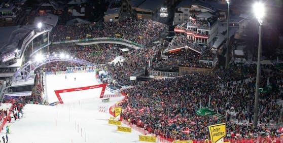 Zigtausende Zuschauer beim Nightrace in Schladming.