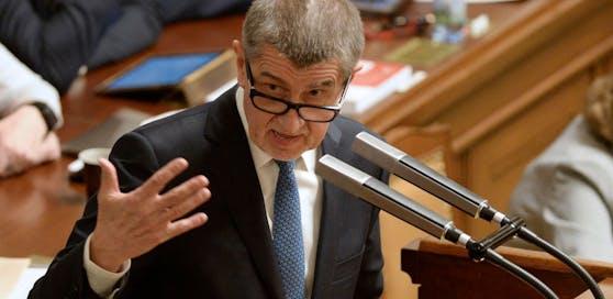 Der neugewählte tschechische Premier Andrej Babiš warb in einem Vertrauensvotum im Parlament für eine Minderheitsregierung seiner populistischen ANO-Bewegung.