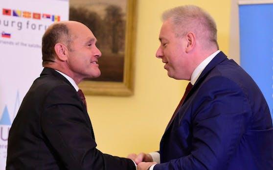 Österreichs Innenminister Wolfgang Sobotka (links) mit seinem tschechischen Amtskollegen Milan Chovanec