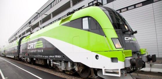 Der City Airport Train fährt auch heute ganz normal  trotz Betriebsversammlung der AUA-Belegschaft.